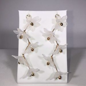Jewelry - JUST IN! Delicate White Floral Cascade Earrings